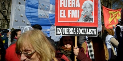 Investigan sospechosas transferencias bancarias desde el exterior a una organización que promueve protestas contra el G20