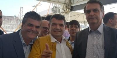 El salteño Alfredo Olmedo logró su foto con Jair Bolsonaro: qué habló con el Presidente de Brasil
