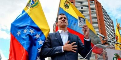 """Juan Guaidó se autoproclamó """"presidente encargado"""" de Venezuela y crece el repudio contra Nicolás Maduro en las calles"""