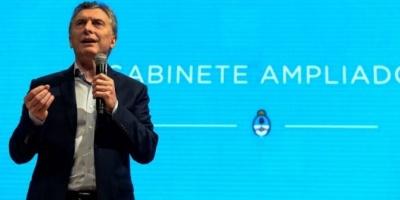 """Mauricio Macri: """"Hay que remar un poco más, sin llorarla"""""""