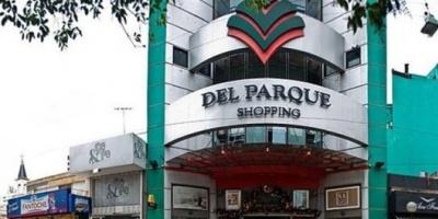 Por la caída del consumo, cierra el centro comercial Del Parque Shopping