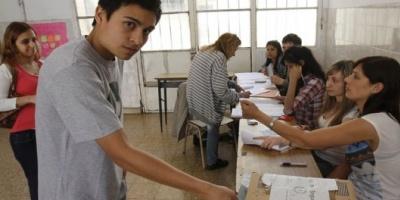 Voto joven: denuncian que hay menores de 18 años no inscriptos en el padrón y extienden el plazo para el reclamo
