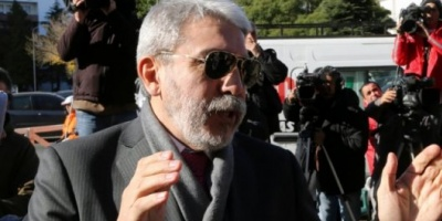 Aníbal Fernández fue aceptado como querellante en la causa de Dolores contra D