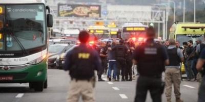 Brasil: francotiradores de la Policía mataron al secuestrador que tuvo 31 rehenes en un micro