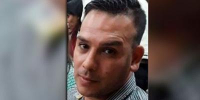Liberaron al policía que provocó la muerte de un hombre tras pegarle una patada