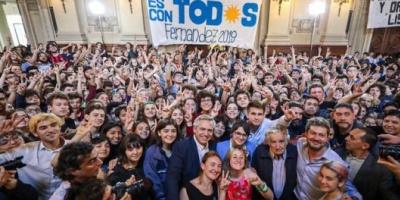 """Alberto Fernández visitó el Nacional Buenos Aires  junto a """"Pepe"""" Mujica"""