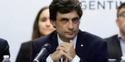 El Gobierno reasignó USD 45.130 millones de fondos públicos para pagar deudas en pesos