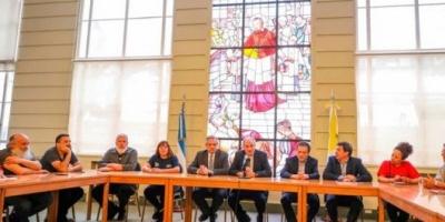 Alberto Fernández se reunió con los movimientos sociales y les aseguró que serán parte de su gobierno
