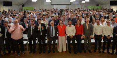 Vidal encabezó una reunión de gabinete ampliado y les pidió a los dirigentes mantenerse unidos en la oposición