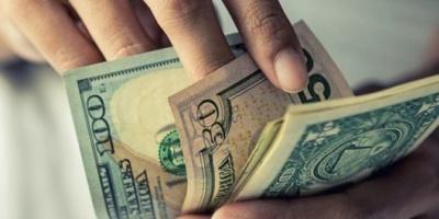 Venta récord de dólares: en octubre, más de 2,5 millones de argentinos compraron USD 4.198 millones