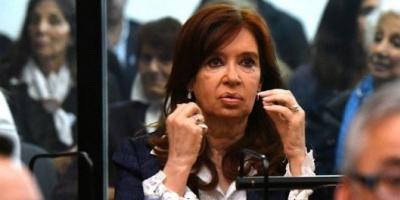 Revocan el sobreseimiento a Cristina Kirchner en una causa por supuesta compra de un crucero de lujo