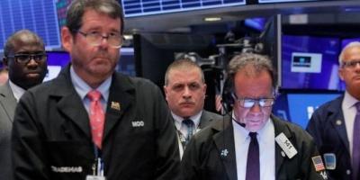 El Riesgo País volvió a superar los 2.100 puntos y los ADR cayeron hasta 6% en dólares en Wall Street