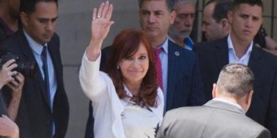 Cristina Kirchner informó a la Justicia que viajará a Cuba en febrero para ver Florencia