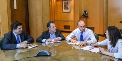 """Guzmán recibió a la misión del FMI y ambas partes destacaron que en la reunión hubo """"un clima constructivo"""""""