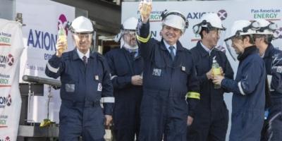 Alberto Fernández visitó la primera planta refinadora que produce diésel premium