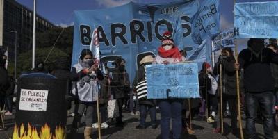 Barrios de Pie reclama en el Obelisco por el impuesto a las grandes fortunas