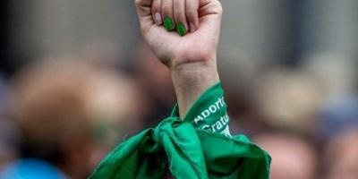 """Se realizó un """"pañuelazo virtual"""" en el Día Internacional por la Legalización del aborto"""