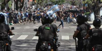 El Gobierno denunció a Larreta y Santilli por el accionar de la Policía de la Ciudad durante el velatorio de Maradona