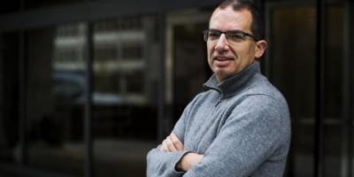 """CEO de Moderna: """"Vamos a vivir con este virus para siempre"""""""