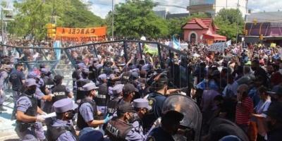 Graves incidentes y heridos en Formosa en una protesta contra la vuelta a la Fase 1 de cuarentena