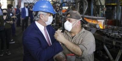 """Fernández: """"Las políticas a favor de la industria nos diferencian de nuestros competidores"""""""